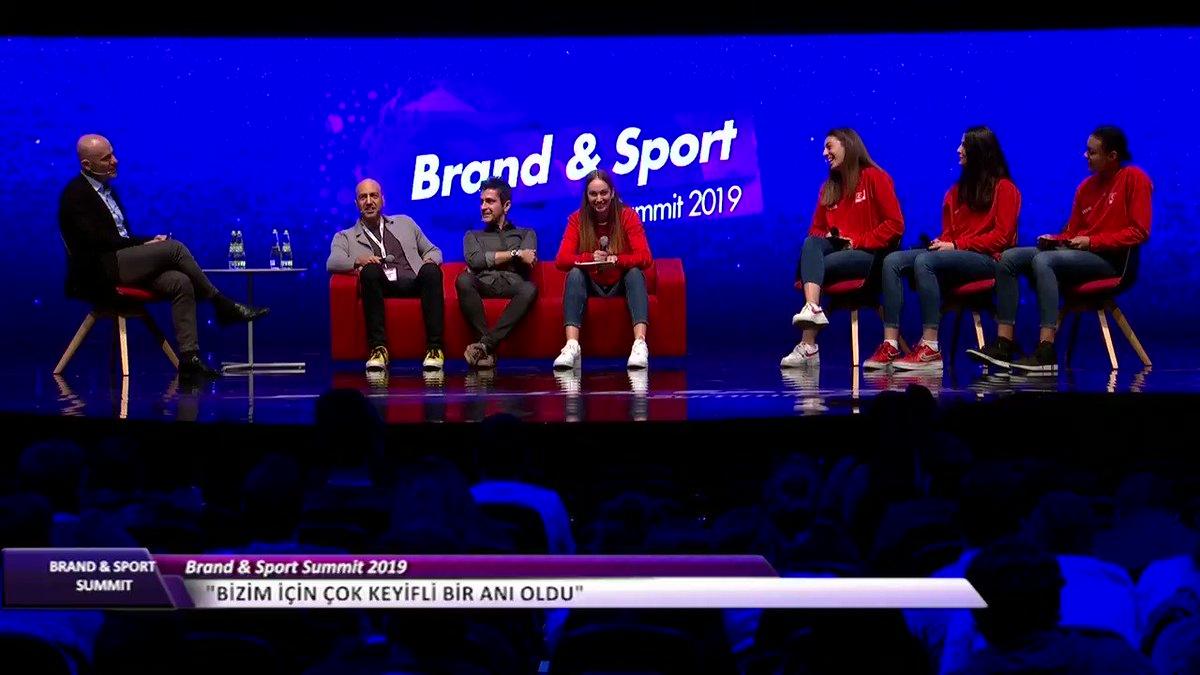 Image for the Tweet beginning: @TVForgtr @AXA_Turkiye Genç voleybolcularımızın kliplerindeki