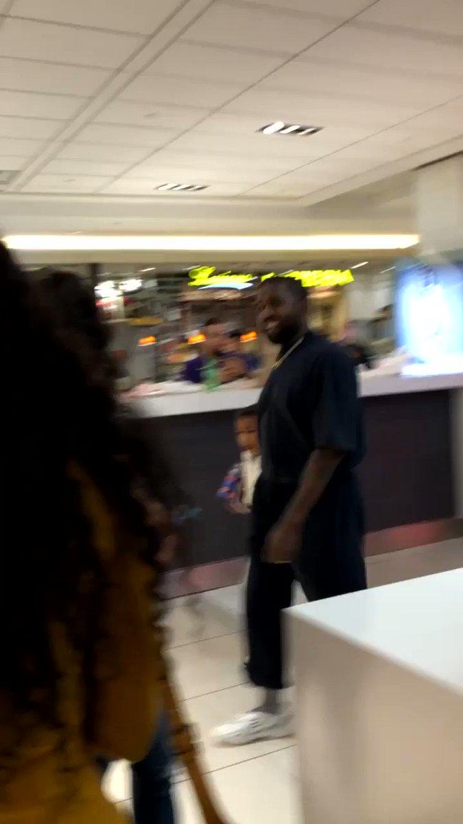 Kanye casually walking through the mall like he's nobody 😂