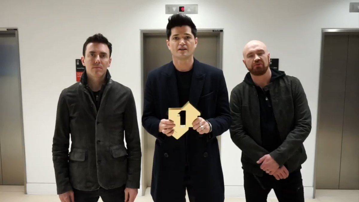 Don't they look chuffed?! Watch The Script celebrate their new album Sunsets & Full Moons landing straight in at Number 1: bit.ly/2NThJtj