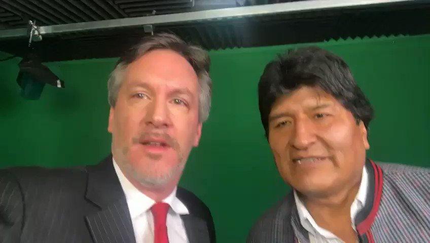 OJO: Este domingo 17, 19:00 horas tendremos una entrevista muy especial con @evoespueblo en @tvunam @DialogosUNAM, una hora de charla profunda sobre la lucha del pueblo boliviano por la justicia. Transmitiremos la fantástica entrevista con @MashiRafael el próximo domingo 24👊🏾👊🏾