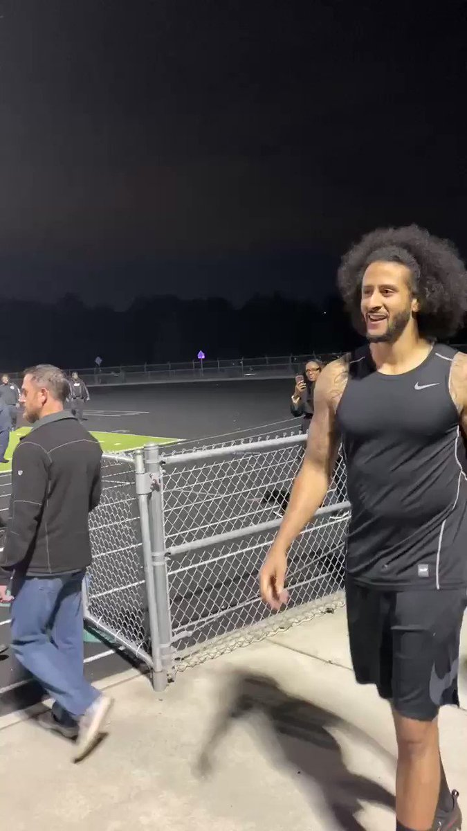 Wow a brilliantly powerful 90 second interview by @Kaepernick7 He stands up for media—who has been constantly attacked just for doing their jobs—& demands transparency & fairness. Excellently said.