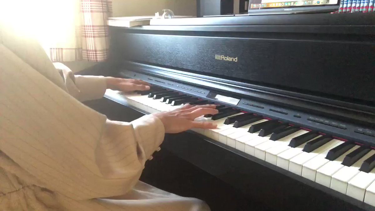 High Hopesを弾いてみた。この曲楽しい。