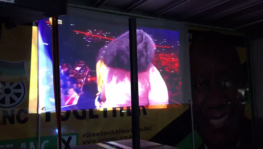 King William's erupted into celebration after Luyolo Yiba was announced the winner of #IdolsSA season 15.