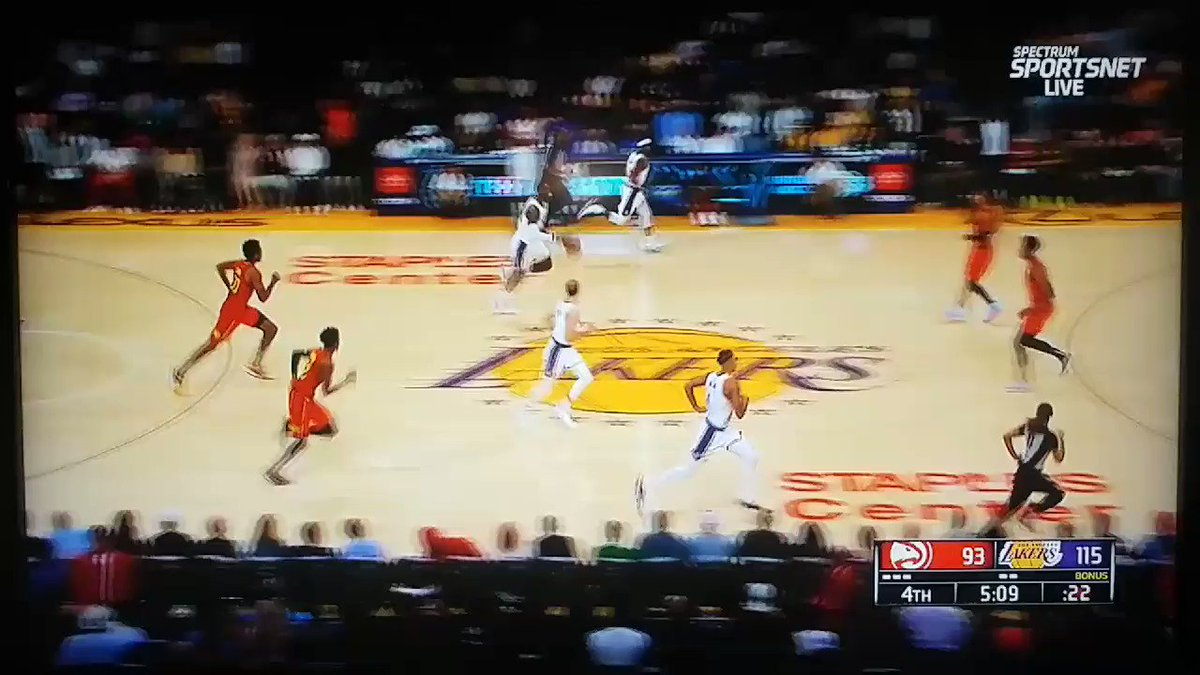 LeBron showing out with Kobe in the house tonight. Back-to-back 3's then an ally oop to Kuzma. #ATLvsLAL #LakeShow