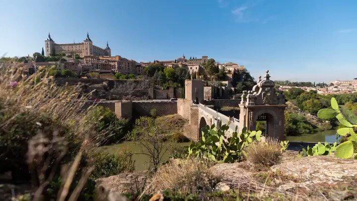 The Alcántara bridge! In my opinion, the most beautiful entrance to Toledo! @sonyproeurope @SonyEspana @RhinoCameraGear @spain @gobjccm @biblioclm @CMM_es #timelapse #hyperlapse
