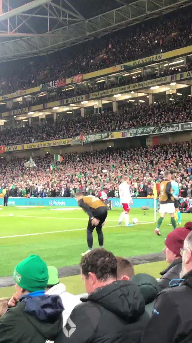 Rep Of Ireland fans singing Jan Vertonghen, he's shagging your wife? to Christian Eriksen https://t.co/ZFJwU3ArLt