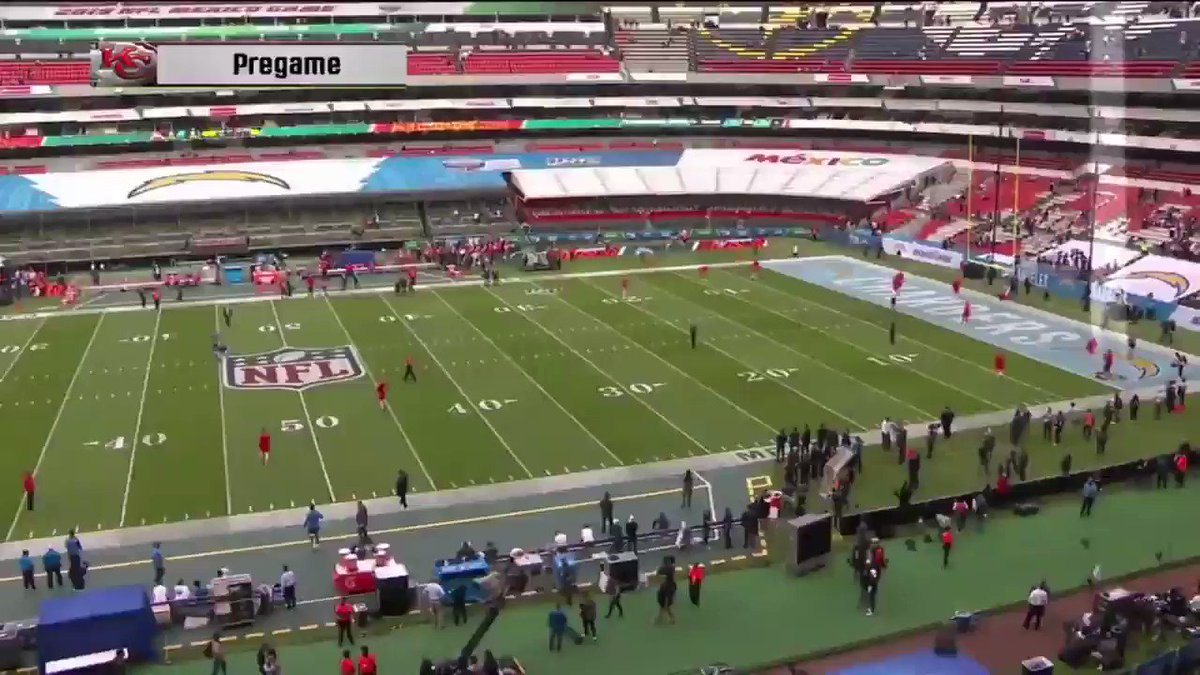 Chargers vs. Chiefs: Patrick Mahomes casually threw a ball 70 yards