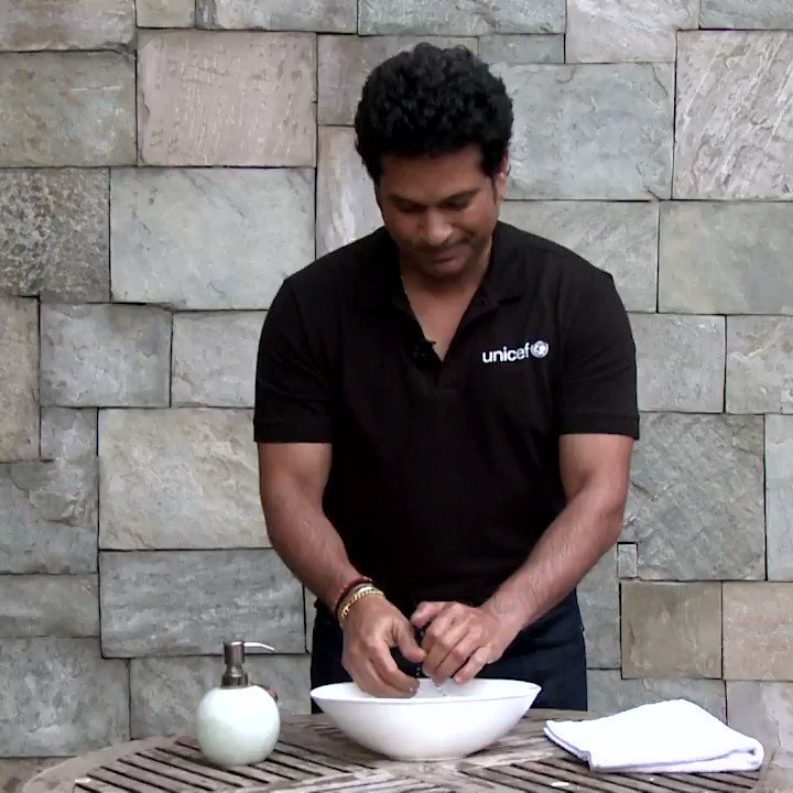 Clean hands are a recipe for good health. @UNICEF Goodwill Ambassador Sachin Tendulkar will show you how to wash them properly – in just 20 seconds! @sachin_rt #WorldToiletDay