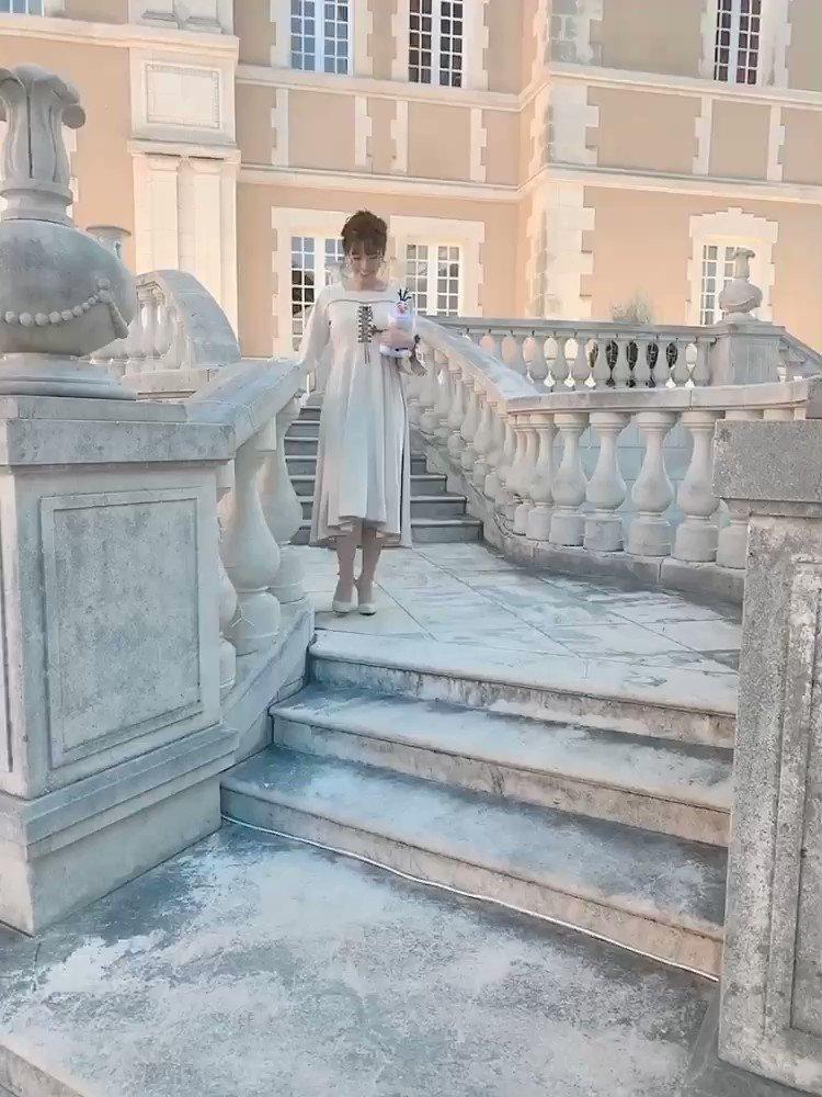 今日のあいにゃん🐱💗💕神田沙也加さんが手がけている、Maison de FLEUR Petite Robe canoneのアナ雪2の