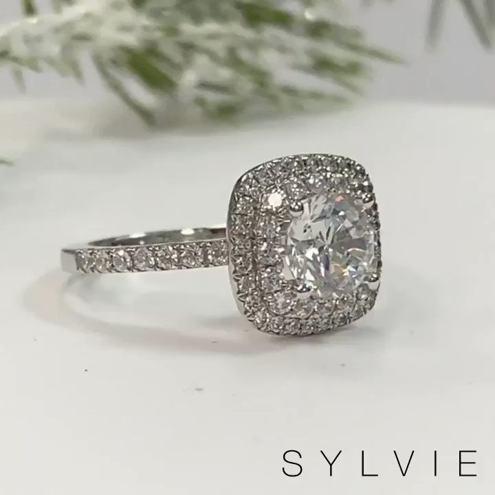 We're bringing you double the love during the holidays with this #doublehalo engagement ring with #splitshank! 💍 Would you pin this on your Pinterest board?   (Style shown: S1097 CU) #JustEngaged #Engaged #SomethingSylvie #Proposals #HowHeAsked #Brides