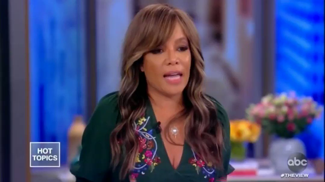"""""""You know who won the night for me? Kamala Harris."""" - Sunny with a must watch debate review on The View"""