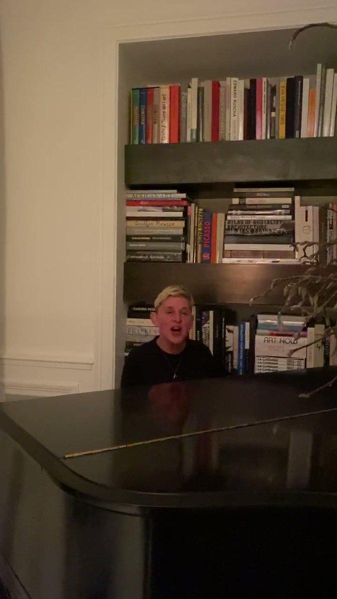Last night, I dropped by my friend Ellen's house for a little duet…@TheEllenShow