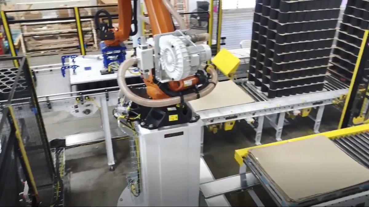 Image for the Tweet beginning: Robotic Slipsheet & Pallet Handling: