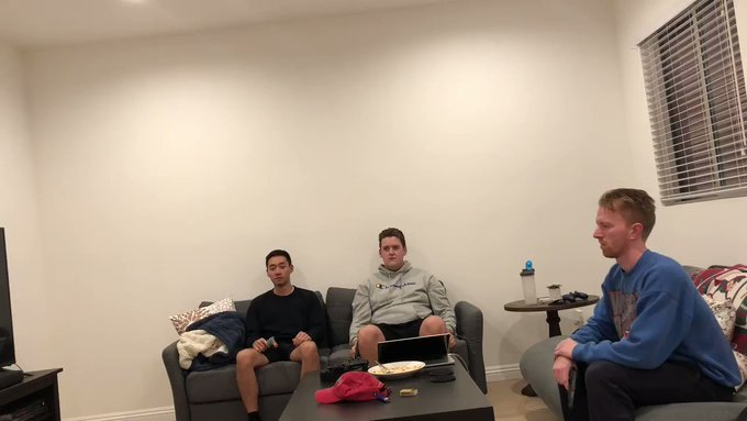 three video game guards living in an apartment https://t.co/EIMcq5RVMn