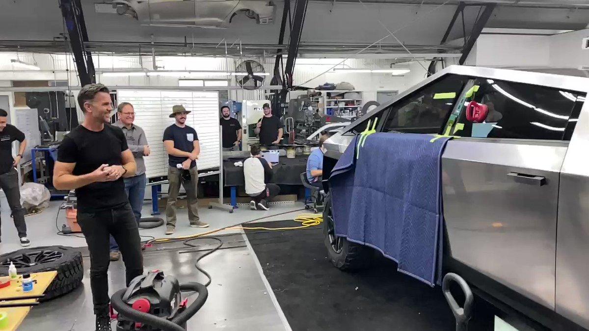 Elon Musk: Cybertruck windows would have been unbreakable if not for the sledgehammer