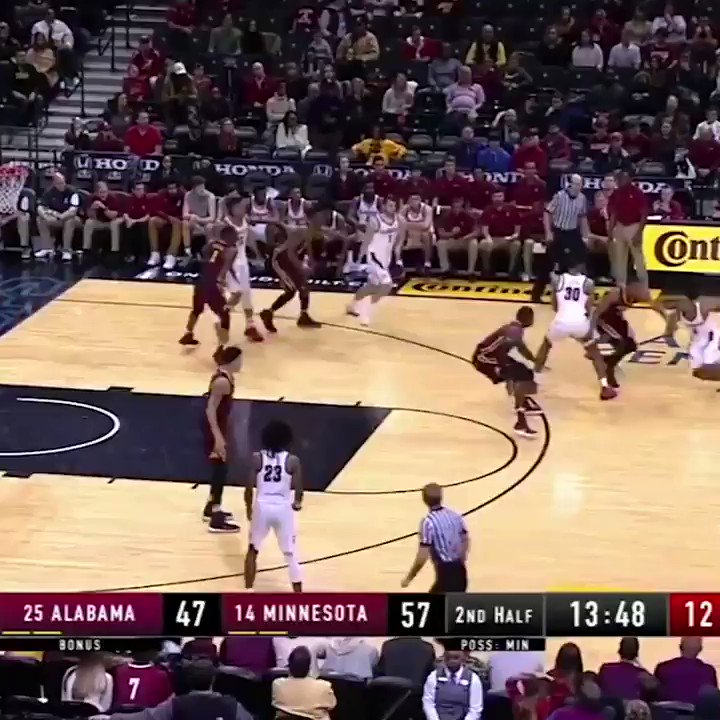 Three years ago today,   Collin Sexton broke the internet when he dropped 40, despite playing the final 10 minutes 3-on-5 😳  https://t.co/xirO977JFJ