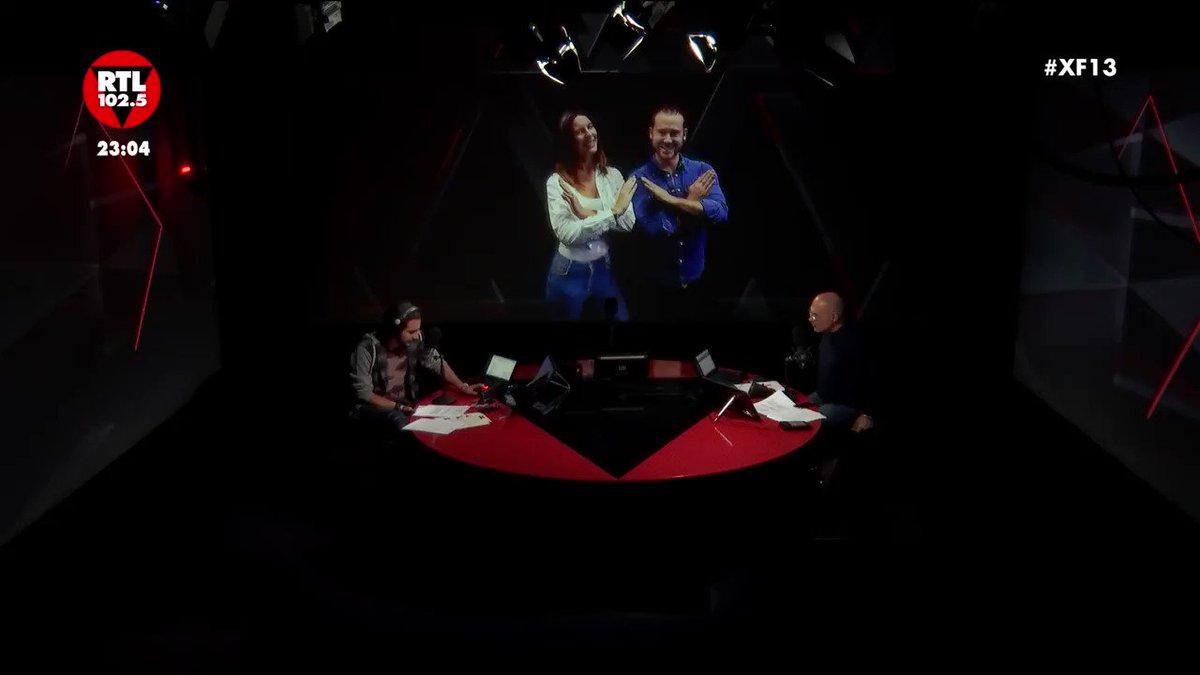 😂😍L'emozione di @Laura_ghislandi per l'ospite della finale di #XF13 🎉  RTL102.5 è la radio di @XFactor_Italia ❌ https://t.co/Qy9FeJ6ri0