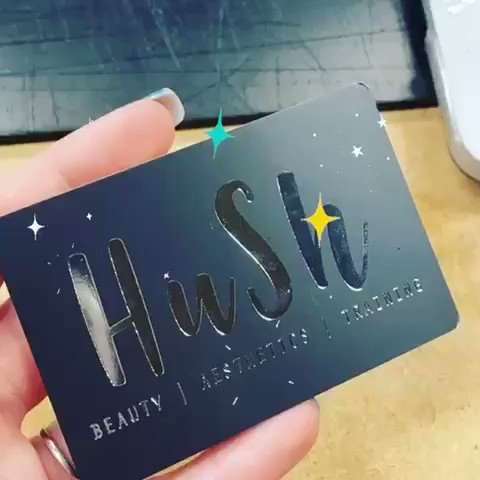 Check out the shine on these #silver #foil #embossed #businesscards we made 😱💕🦄 sooo #shiney #bling  #design #designer #print #graphicdesign #printing #printer #largeformatprint    📞 01902 244316 ✉️ lizzy@innovationcreations.co.uk 🌍