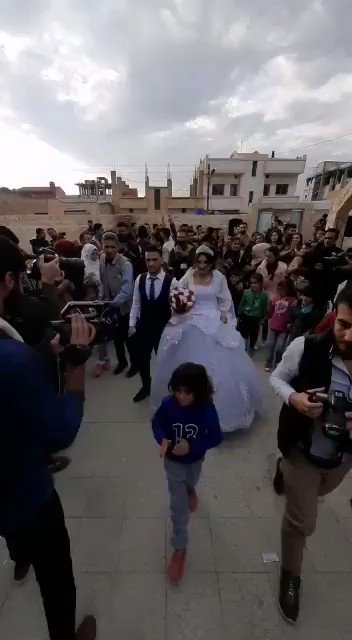 First wedding party at a shelter/school in #Hassakeh by #Syrian #Kurdish refugee couple from my hometown #serekaniye/#Rasulain which was occupied by Turkish army and their Syrian proxies last month. #KurdsResist #KurdsBetrayedByTrump #SDF #YPG #Rojava #TurkishInvasion