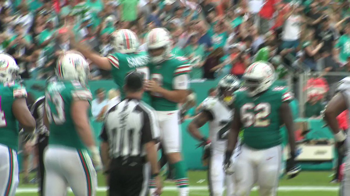 Dolphins' DE Christian Wilkins was laughing at the Eagles defense after Miami's trick play TD 😳  (via @ClayWPLG)