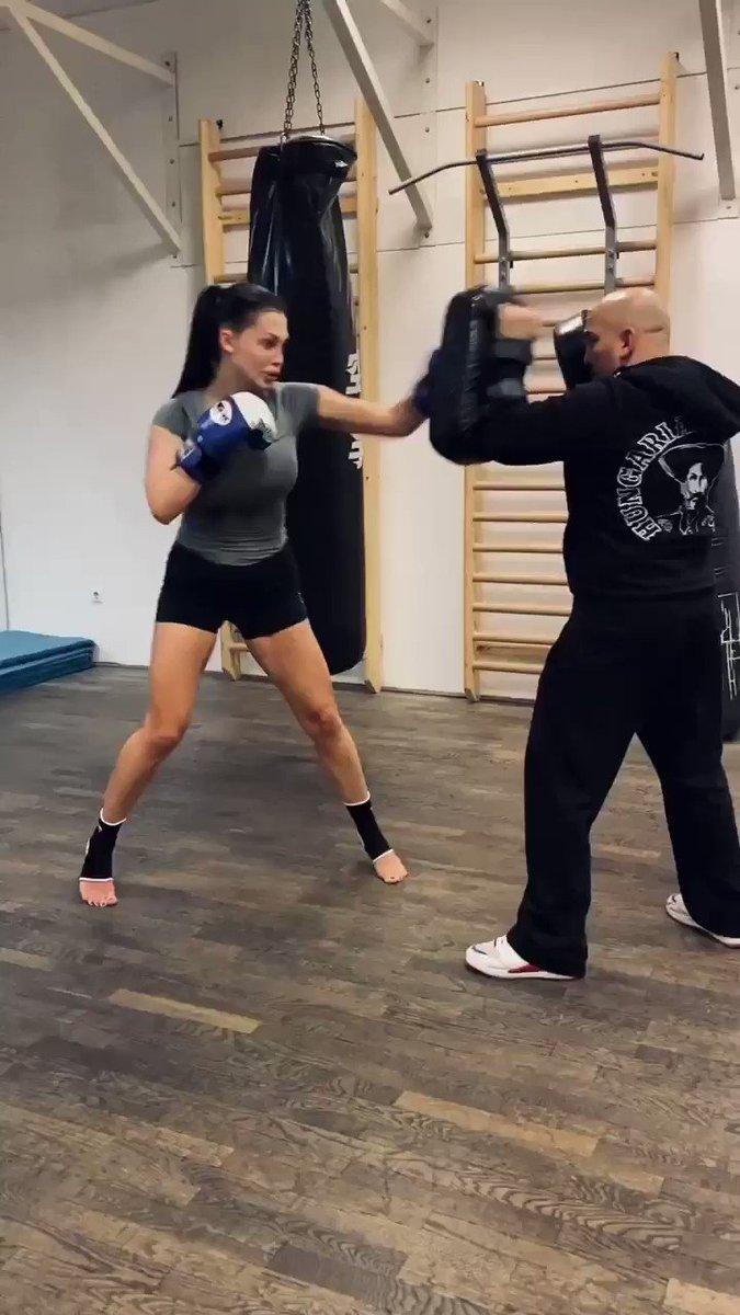 "I train 6 times a week but thai box always ""kills"" me."