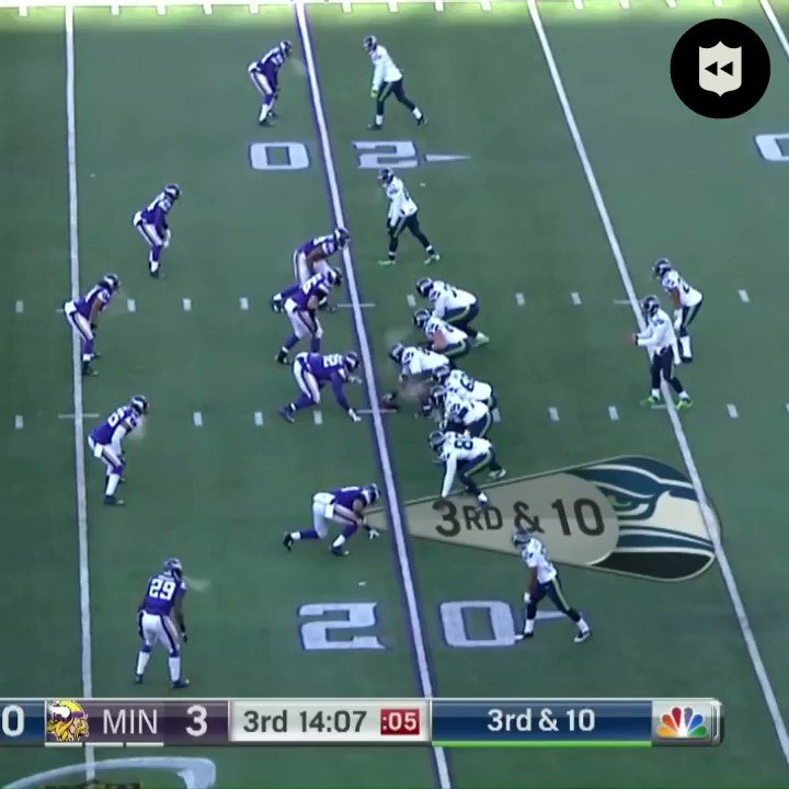 .@DougBaldwinJr with one hand in sub-zero temperatures! #Seahawks (Jan. 10, 2016)  #MINvsSEA: Tonight at 8:15pm ET on ESPN