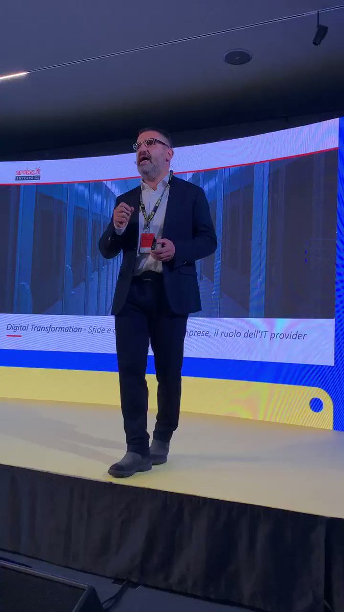 """Giorgio Girelli (Gen. Manager @Arubait Enterprise): """"Fare digital transformation vuol dire fare le cose in maniera diversa, pensarle in modo totalmente differente. Fare trasformazione digitale non è solo togliere la carta"""" #wiredtrends in collaborazione con @IpsosItalia @Arubait"""