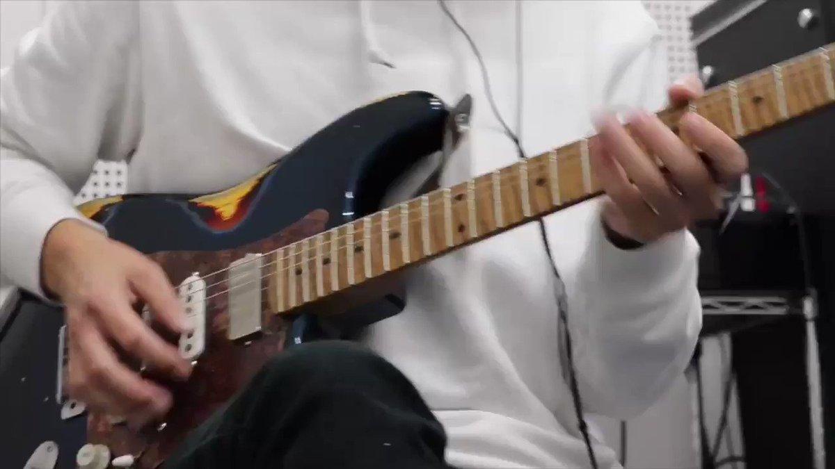 Matteo Mancusoがライブでスペイン弾いてた動画から、おいしいところだけ抜きとって弾いてみました🎸もちろんフィンガーピッキングで。面白かったので後日YouTubeでこれのミニレッスン動画上げたいな〜