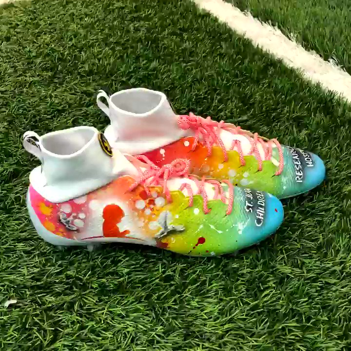 Representing @StJude for #MyCauseMyCleats on their mission to advance cures, and means of prevention, for pediatric catastrophic diseases through research and treatment and that no child is denied treatment based on race, religion or a familys ability to pay.