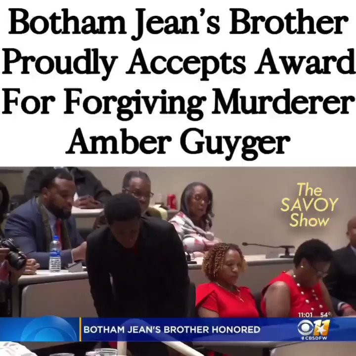Botham Jean's brother accepts award for forgiving #AmberGuyger