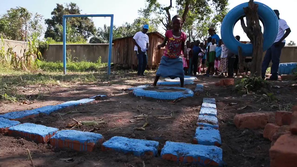 .@UNVolunteers from #UNMISS Yambio Field Office marked the day by building playground equipment, including a swing, two goal posts and a tyre game that will benefit 24 orphans & other children in the community. #VolunteerForInclusion @UNVSouthSudan @RadioMiraya