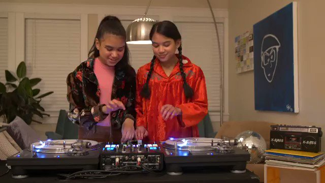 "WOOOOO THANKS 4 THA LOVE GIRLS!!! @djsamiraandkayla Amira & Kayla DJ practice video to Gang Starr's ""Bad Name""... #djsamiraandkayla #djpremier #gangstarr #gangstarrbadname #classichiphop  #OOTBY  @djpremier @gangstarr R.I.P. GURU"