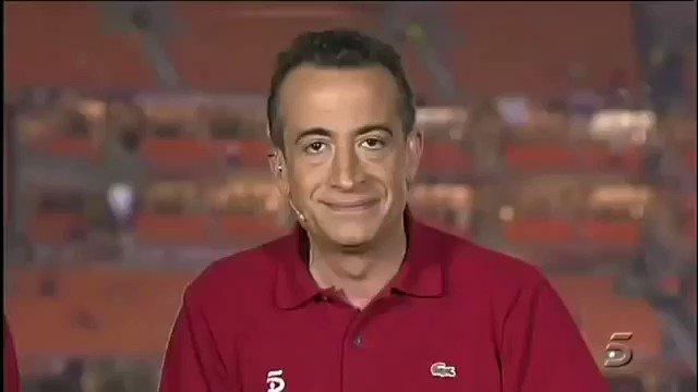 @IkerCasillas Le diría... Amigo, haz siempre caso a tu corazón, vas a ser protagonista de uno de los momentos más bonitos de la historia de la tele