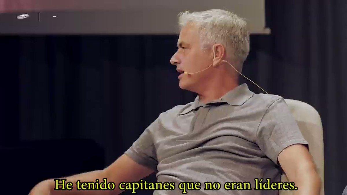 Entrevista realizada a José Mourinho para el canal de YouTube Top Eleven - Be a Football Manager.