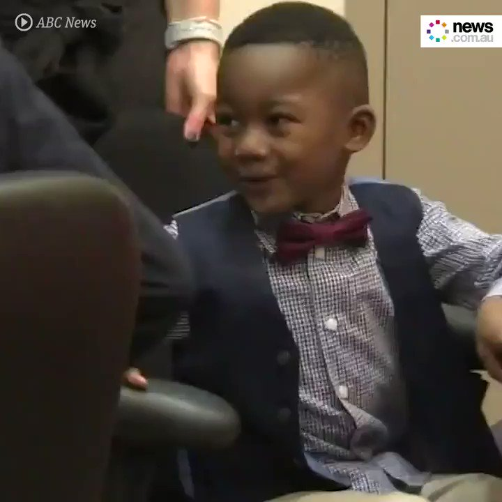 This little boy's entire kindergarten class showed up to his adoption hearing and it's the sweetest thing 😭