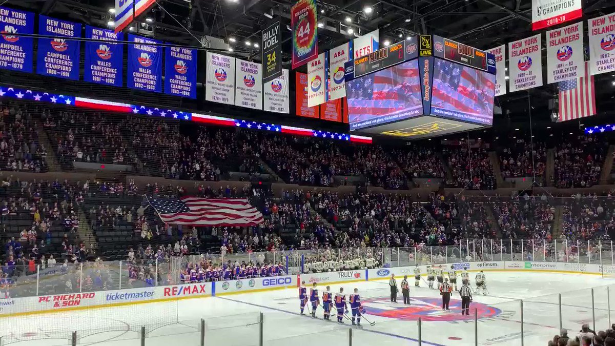Was awed and humbled by the number of #VegasBorn fans @NYIslanders tonight. Keep being proud and keep being you!
