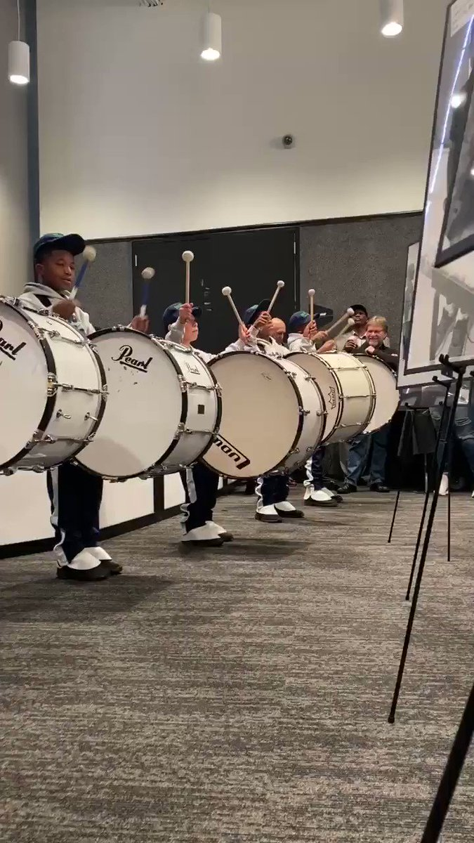 Image for the Tweet beginning: FANTASTIC introduction by our drumline!