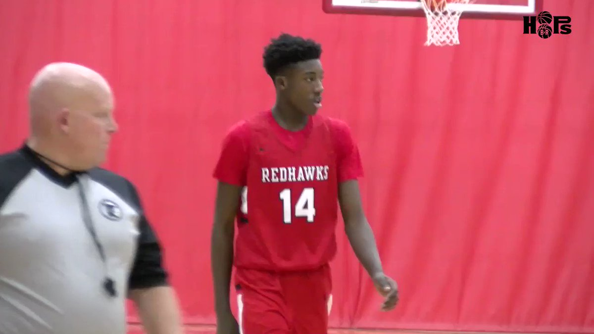 Just a glimpse of what Demarion Watson-Saulsberry brings to the floor for Minnehaha Academy! Long 6'6 wing with a high ceiling to continue to grow as a prospect. @Minnehaha_BBall