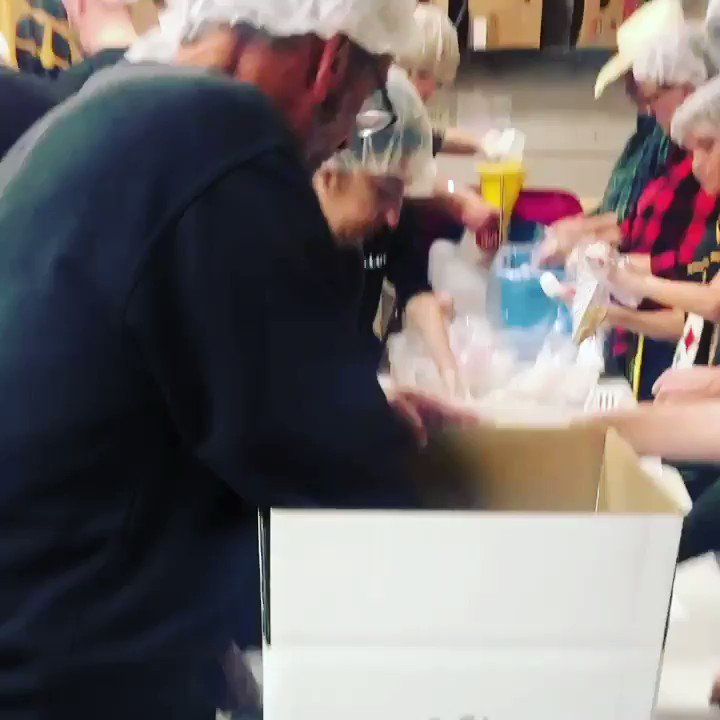 A truly humbling experience helping pack 15,000 meals alongside other @steelers greats for local families in need. I encourage everyone that can to  #findaway to #giveback to your community this #holidayseason & throughout the year! #holiday #herewego #steelersnation #steelers