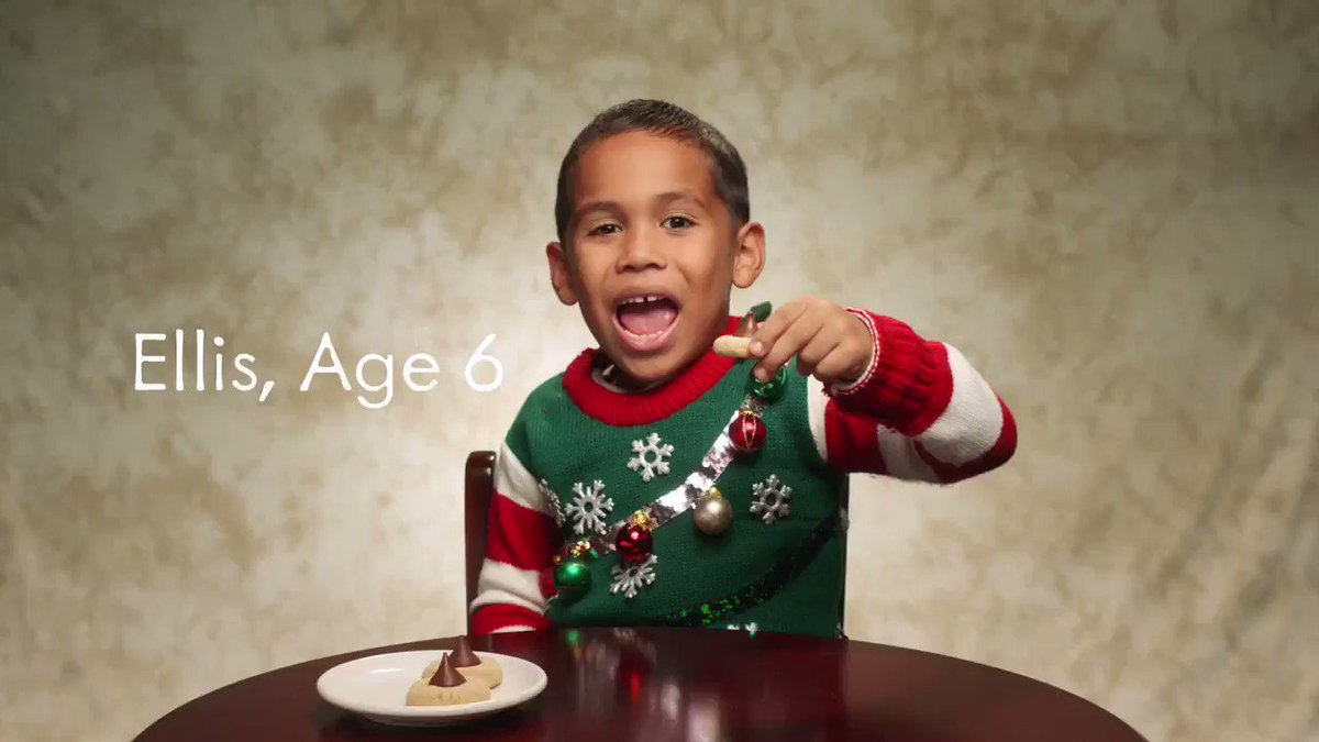 I saw this ad & had to share bc this little boy is the CUTEST!!!! Nothing signifies the holidays like baking with family and of course @Hersheys. I'm looking forward to these #HeartwarmingKisses moments all year round! #heartwarmingtheworld #sponsored