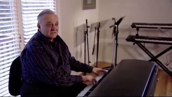 Angelo Badalamenti describes how he created Laura Palmer's Theme for Twin Peaks