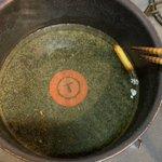 【これがポテト!?】油の上で楽しそうに泳ぐ生き物みたいなフライドポテトが可愛すぎて話題に