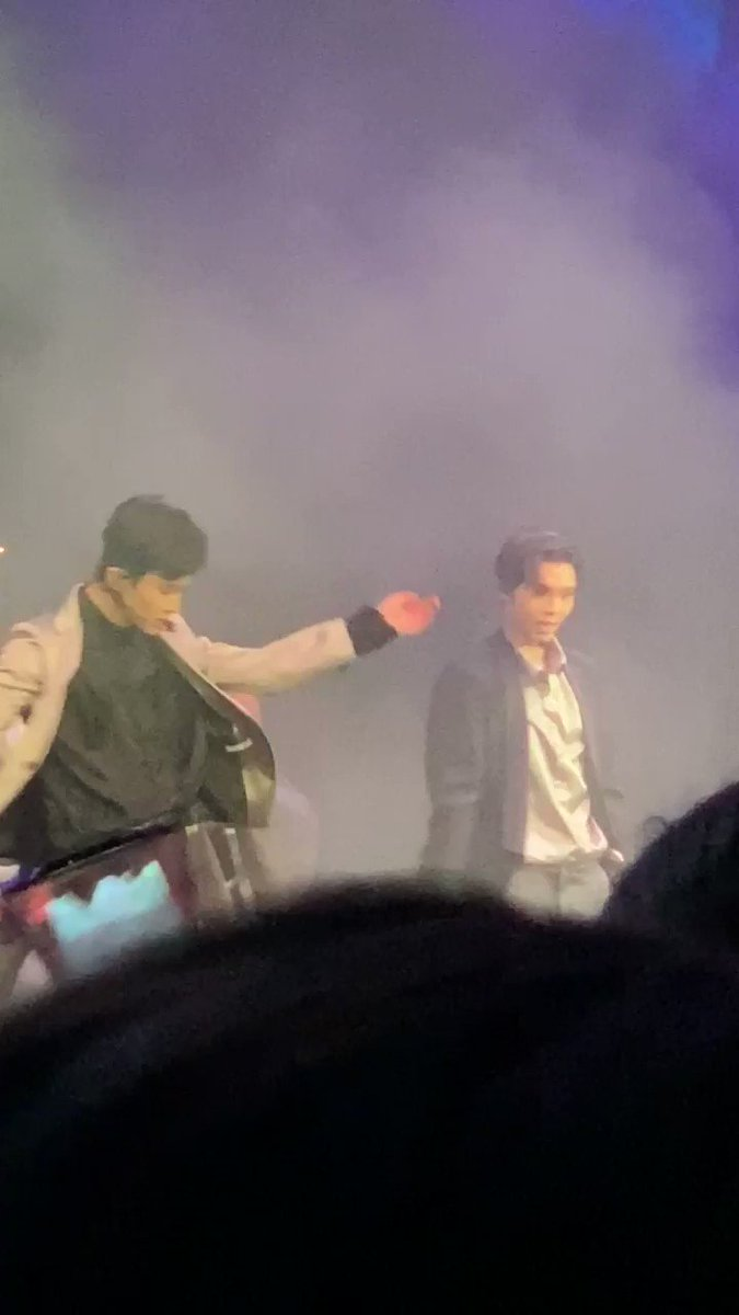 JOHNMARKKKKKKKKKKK #JOHNNYHOMECOMING #B96NCT #JOHNNY #MARK