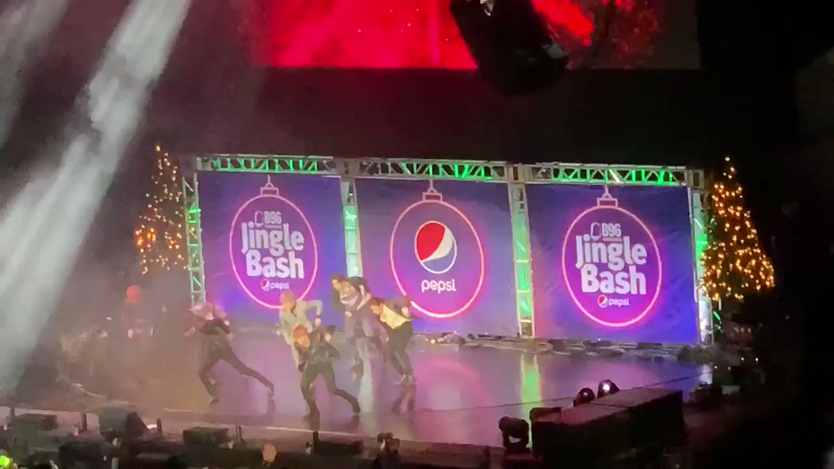 """ITS ABOUT TO GET REAL"" 😂😭 #NCT127XJINGLEBASH  #B96NCT #"