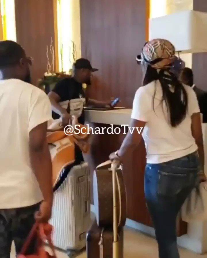Tiwa Savage Arrives at Kempinsky Hotel Ghana for Tonight's event with Cardi B @LivespotNation #CardiB #CardiBinGhana #CardiBinAccra #CardiBinlagos #CardiBinnigeria #BardiB #YearOfReturn #YearOfReturn2019 #Sark #Sarkodie #Tiwasage
