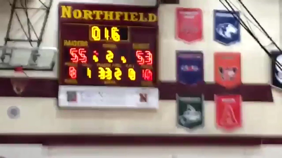 December 8, 2015. A moment that will live on eternally in Austin Packer Basketball history. Oman Oman. The Shot.  (Look away @NorthfieldHoops)