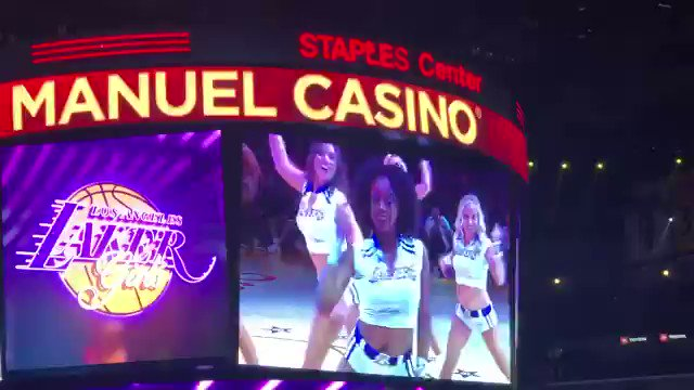 Lizzo exposes her backside at LA Lakers game by twerking in THONG while courtside, Wustoo