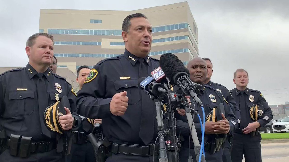 """HPD chief Acevedo calls out McConnell, Cornyn, Cruz by name, urging them to pass Violence Against Women act.  """"And who killed our Sgt? A boyfriend abusing his girlfriend. So you're either here for women and children [daughters, sisters] and our aunts, or you're here for the NRA."""""""