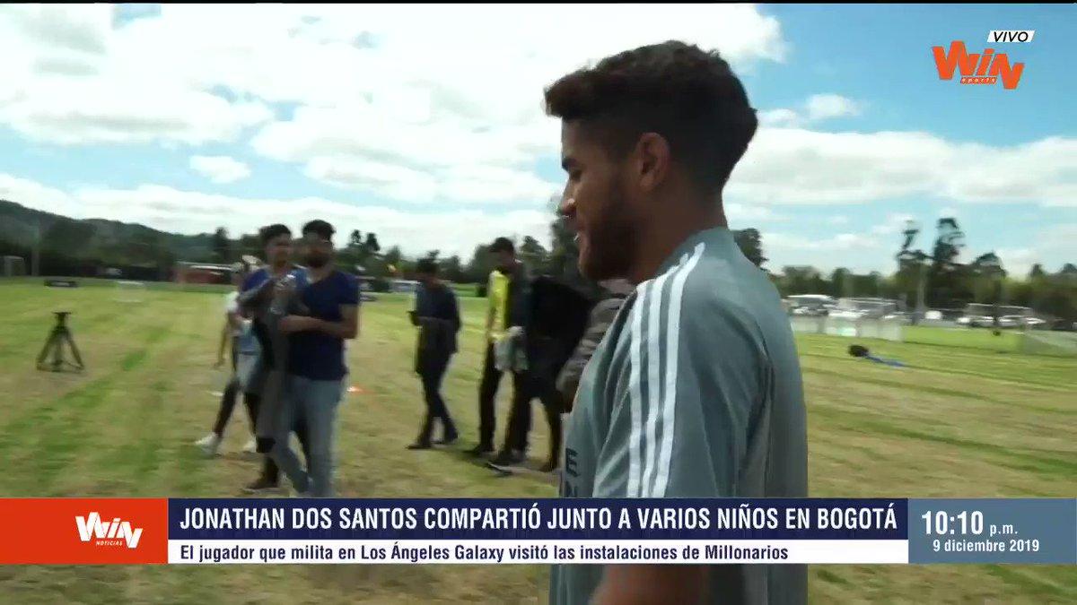 Jonathan Dos Santos, jugador del LA Galaxy, compartió un entrenamiento con niños en Bogotá