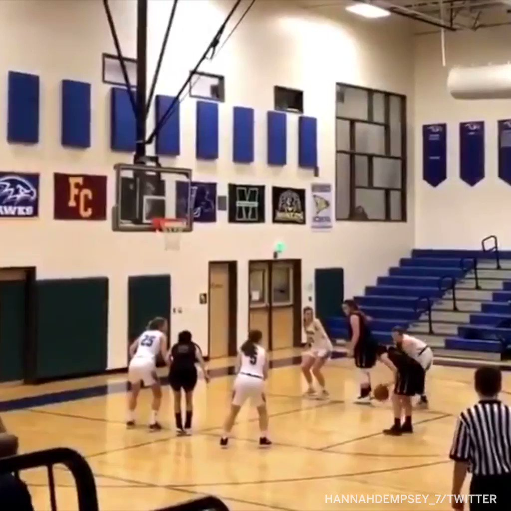 This face-plant free throw violation still hurts to watch 😬 #SCNotTop10 (via @Hannahdempsey_7)